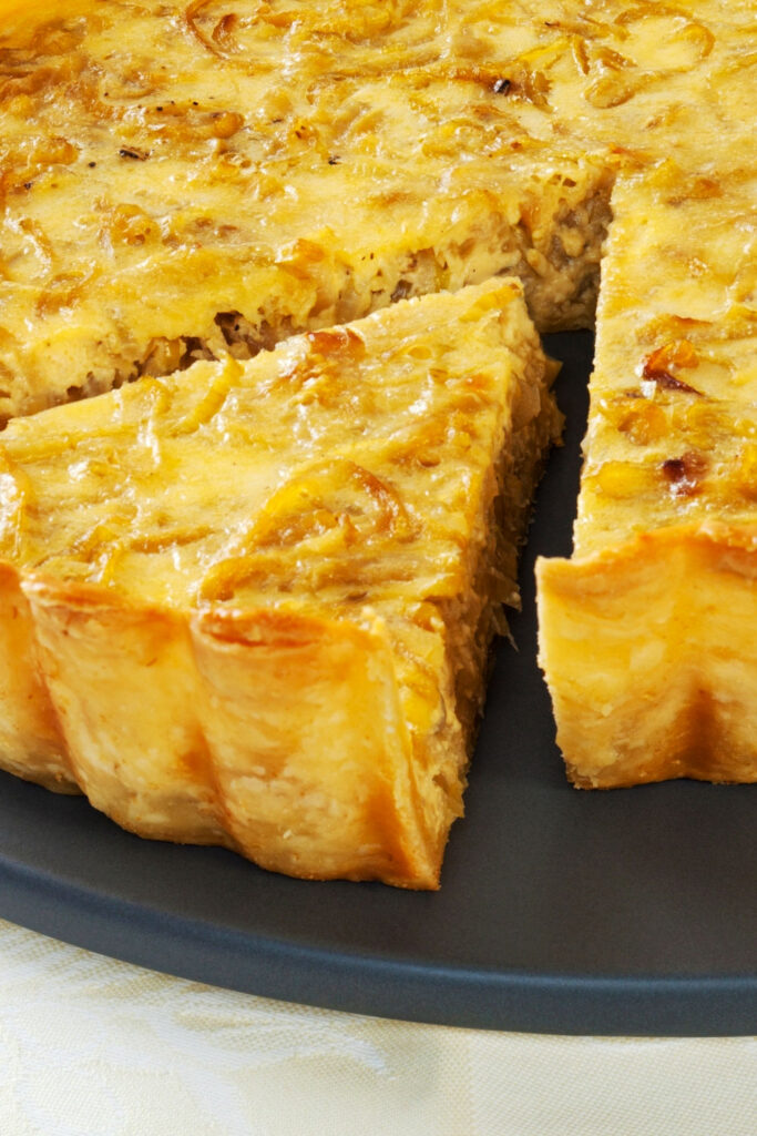 Caramelized onion tart Featured picture0