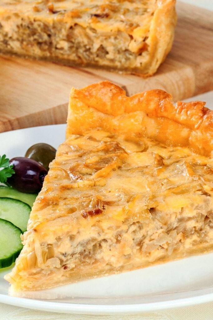 Caramelized onion tart close up0