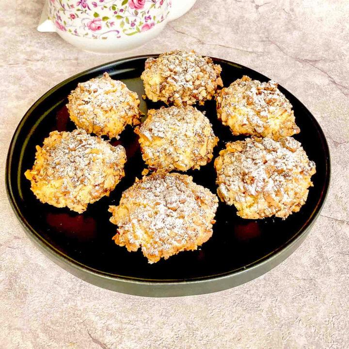 Walnut Shortbread Cookies square picture0